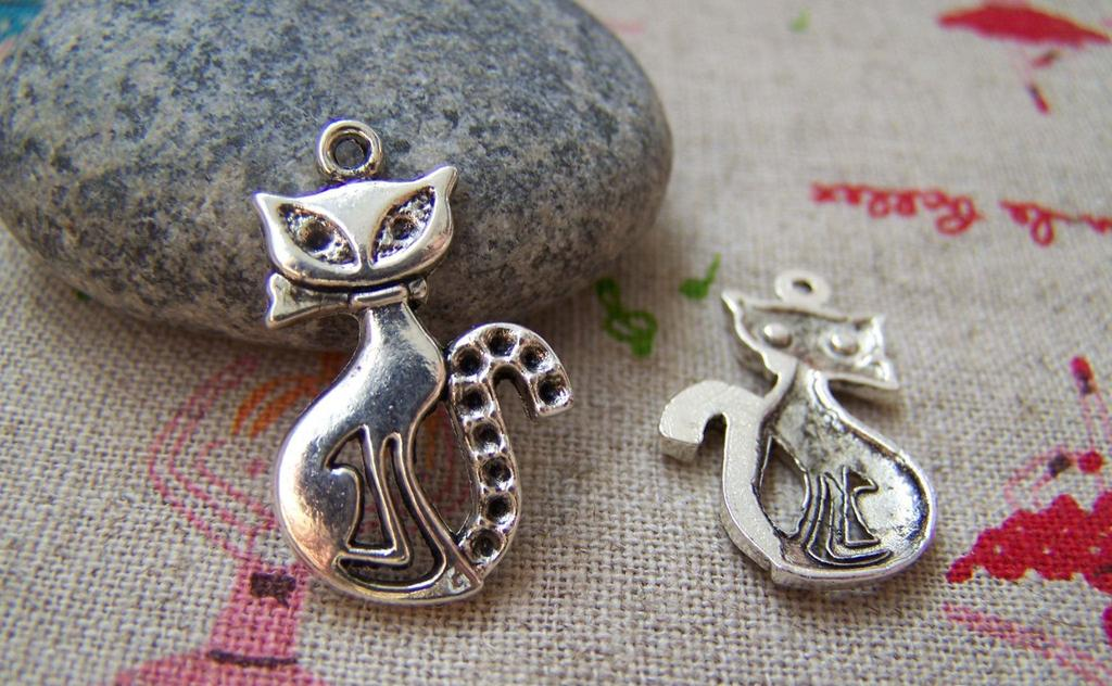 Accessories - 10 Pcs Of Antique Silver Kitten Cat Charms 16x22mm A2041