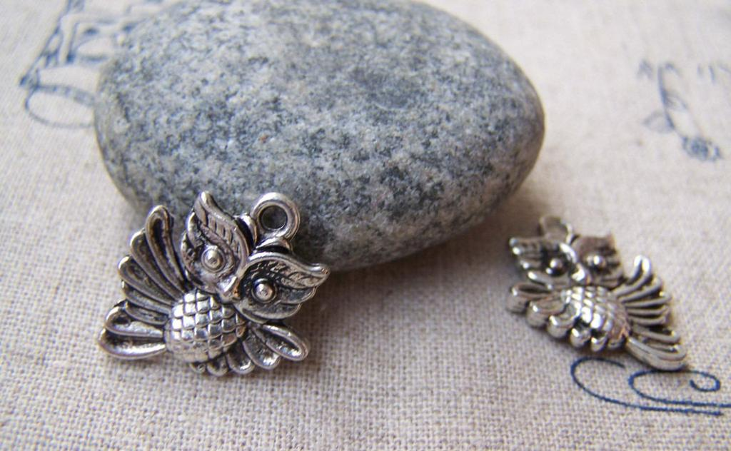 Accessories - 10 Pcs Of Tibetan Silver Antique Silver Lovely Owl Charms Double Sided 17x20mm A1850