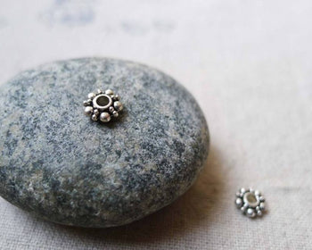 Accessories - 100 Pcs Antique Silver Daisy Spacer Beads 6mm A5582