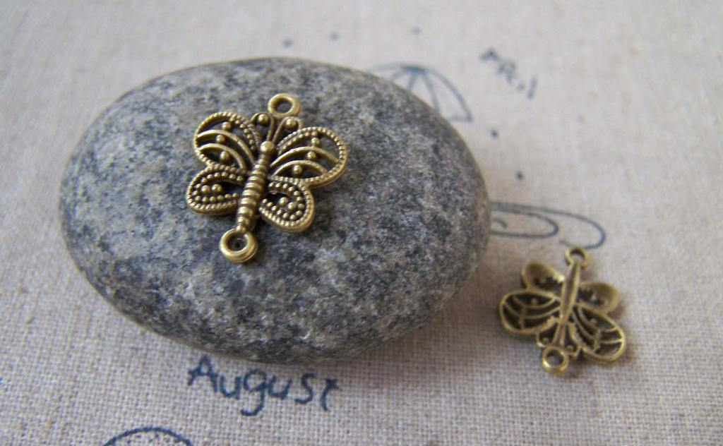 Accessories - 20 Pcs Of Antique Bronze Filigree Butterfly Connector Charms 14x17mm A5362