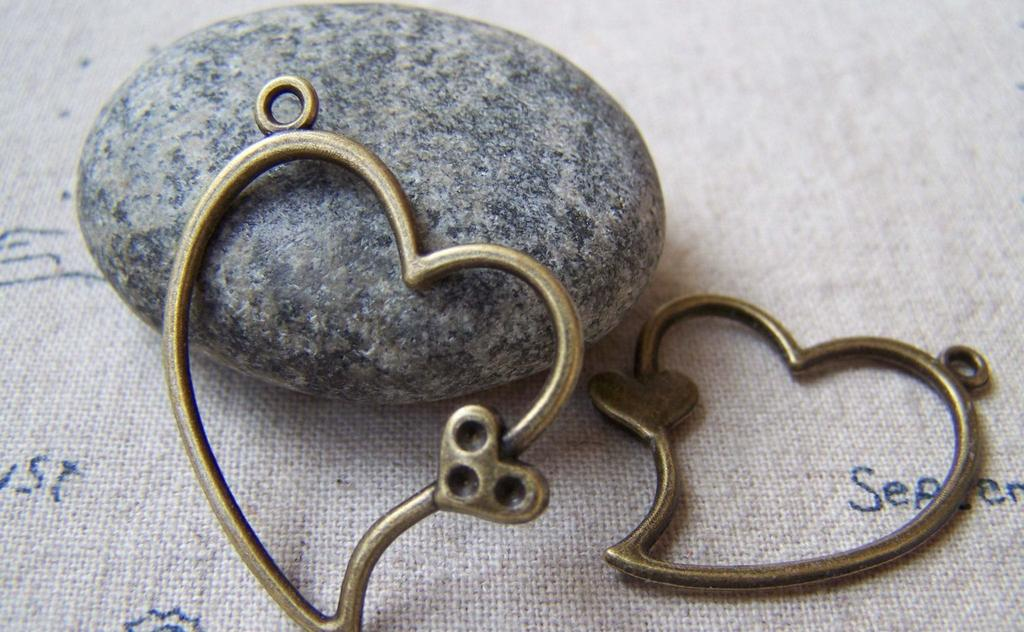 Accessories - 20 Pcs Of Antique Bronze Filigree Heart Charms 26x36mm A5635