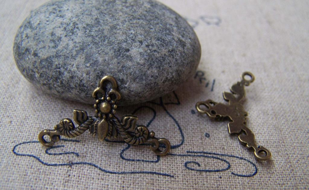 Accessories - 20 Pcs Of Antique Bronze Filigree Leaf Flower Connector Charms 15x27mm A2798