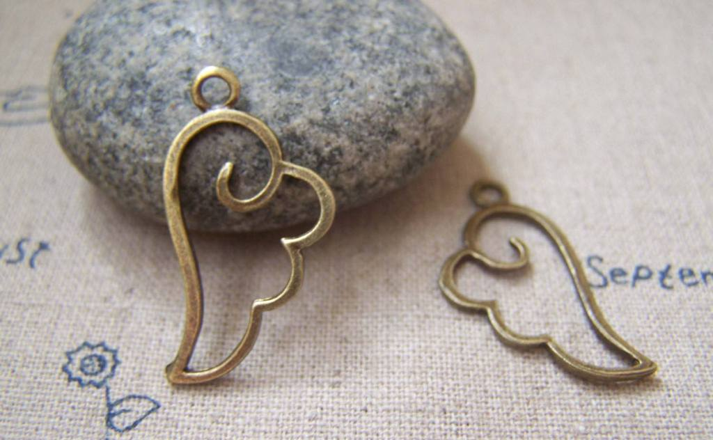Accessories - 20 Pcs Of Antique Bronze Filigree Wing Frame Charms 14x27mm A2221