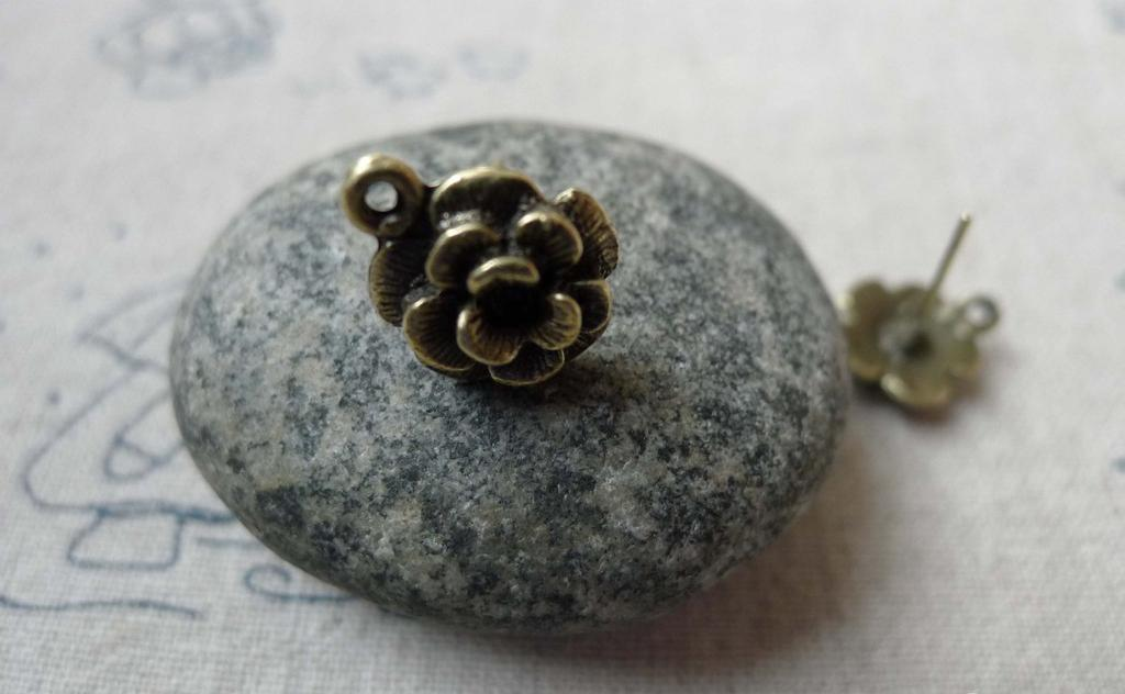 Accessories - 20 Pcs Of Antique Bronze Flower Earring Posts With Loop Steel Pin 12mm A6508