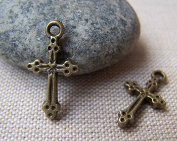 Accessories - 20 Pcs Of Antique Bronze Lovely Cross Charms 11x20mm A1412