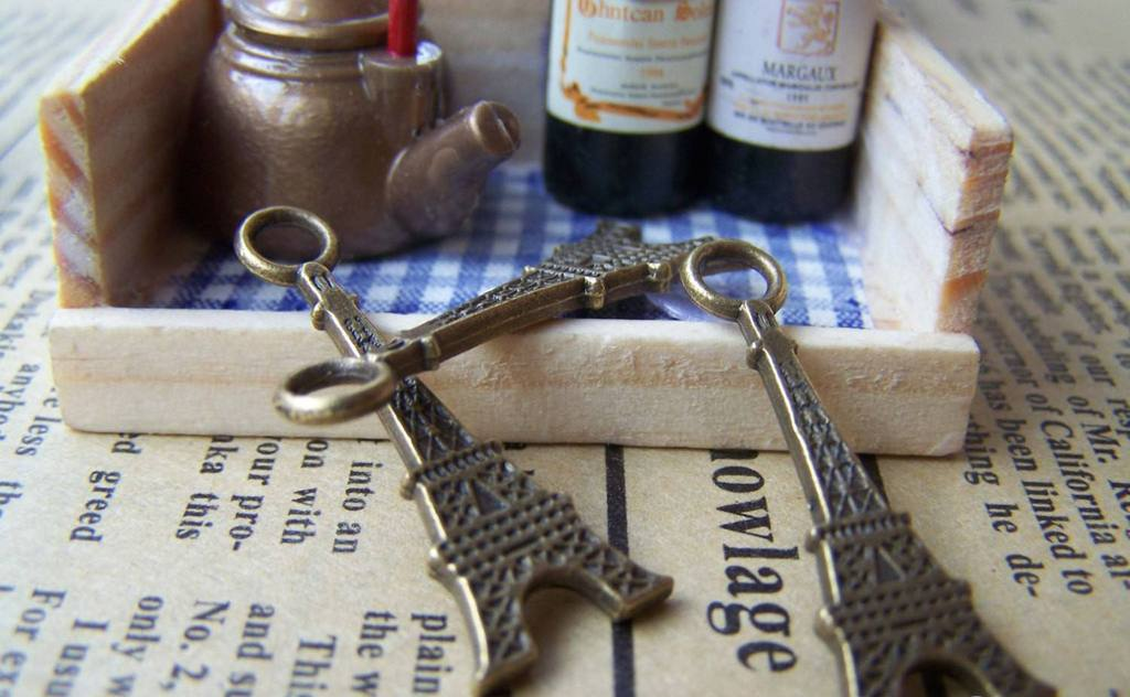 Accessories - 20 Pcs Of Antique Bronze Lovely Flat Eiffel Tower Charms Pendants 12x32mm A1665