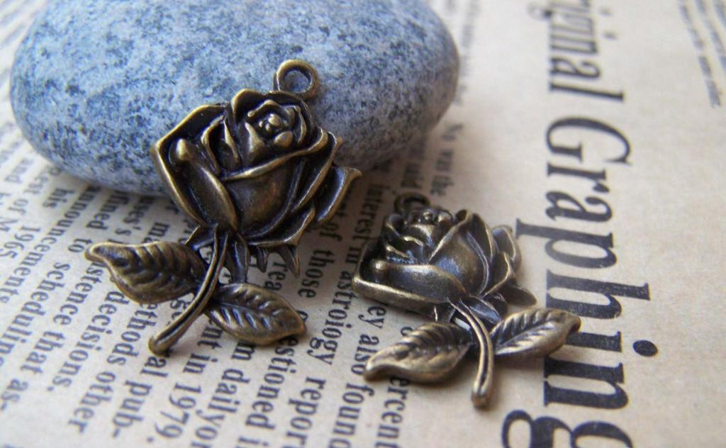 Accessories - 20 Pcs Of Antique Bronze Rose Flower Charms 17x25mm A417