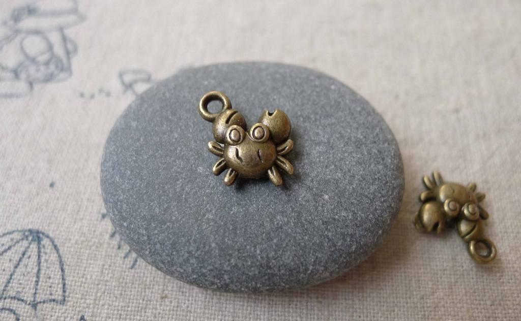 Accessories - 20 Pcs Of Antique Bronze Tiny Crabs Charms Double Sided 10mm A7307