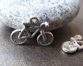 Accessories - 20 Pcs Of Antique Silver Bicycle Bike Charms  14x16mm A934