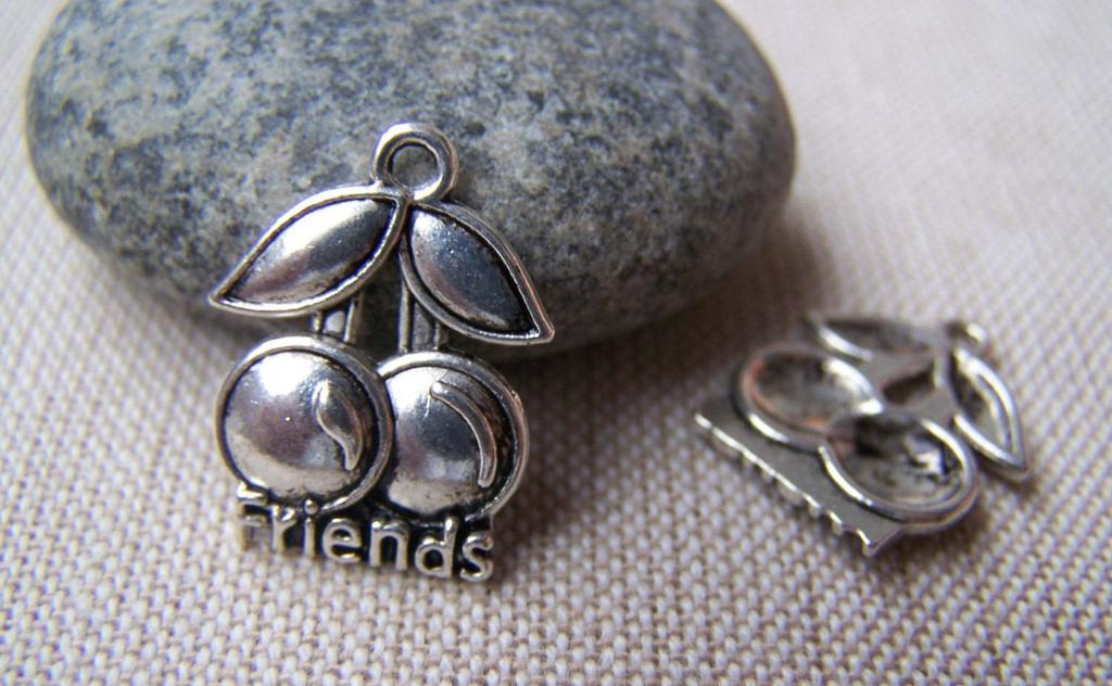 Accessories - 20 Pcs Of Antique Silver Cheery Charms 15x20mm A1339