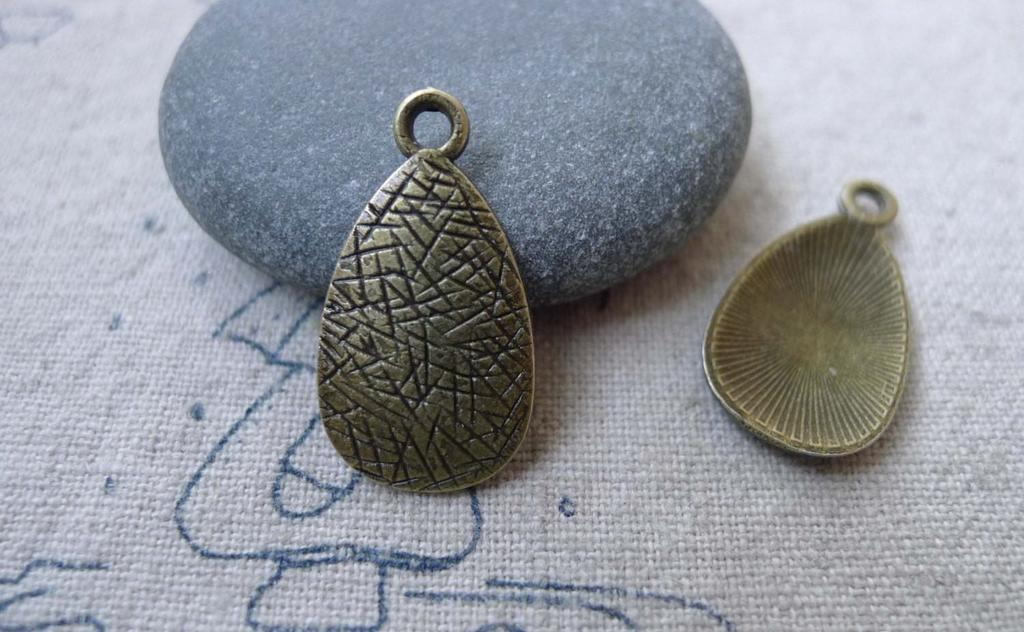Accessories - 30 Pcs Of Antique Bronze Textured Teardrop Drop Charms 13x23mm A7728