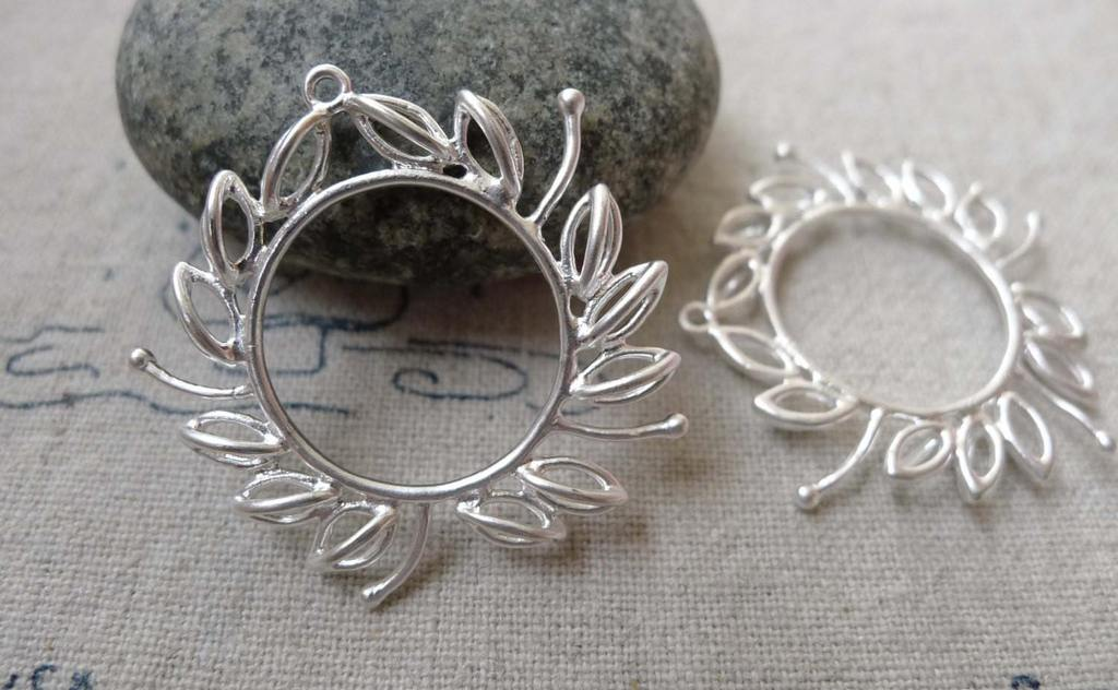 Accessories - 4 Pcs Of Matte Silver Brass Leaf Ring Charms 28x30mm A6677