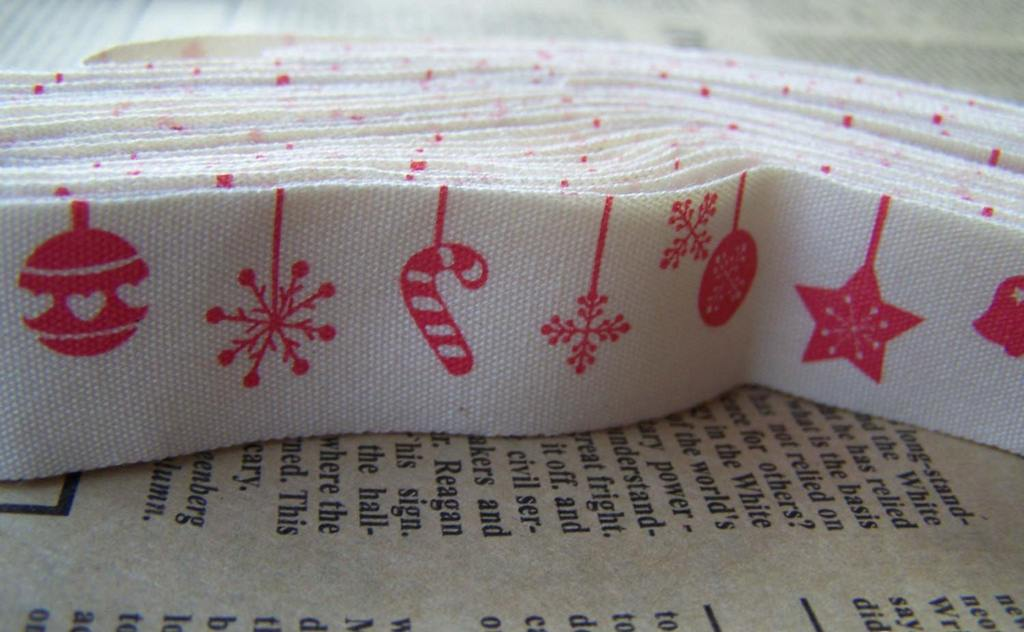 Accessories - 5.46 Yards (5 Meters) Pink Christmas Print Cotton Ribbon Label String A2639