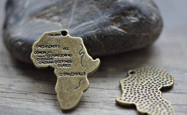 Accessories - 6 Pcs Of Antique Bronze Sectional Map Charms 30x37mm A7764