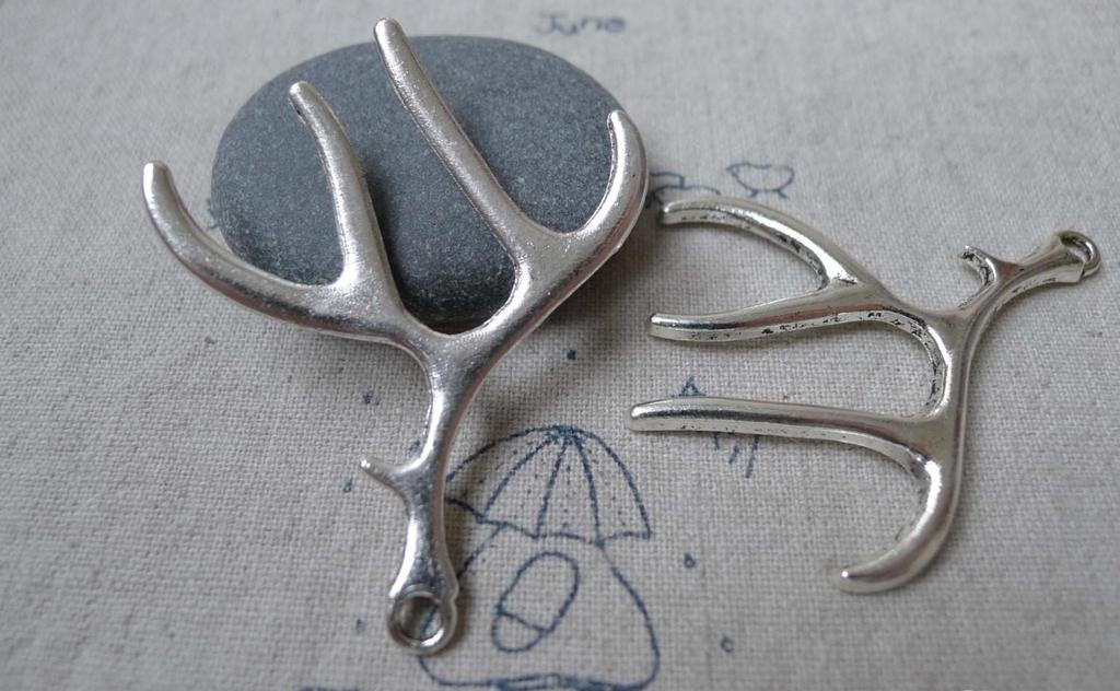Accessories - Antler Deer Horn Pendants Antique Silver Charms 40x52mm Set Of 6 Pcs A6552