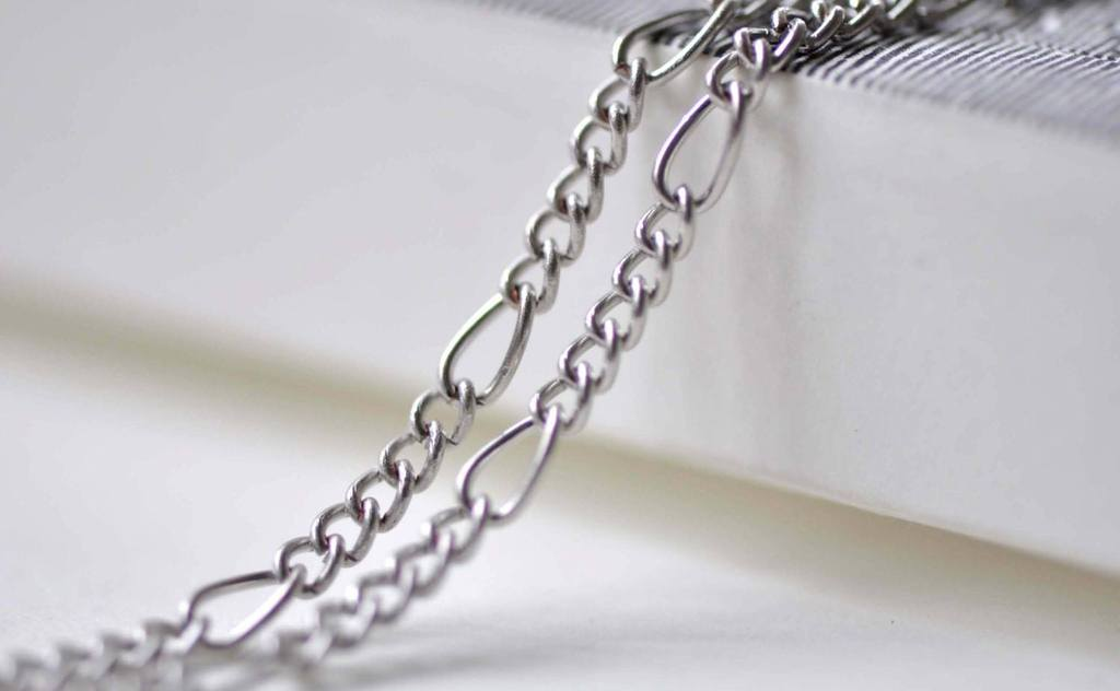 Accessories - Silvery Gray Steel Figaro Chain Link 3.6x8mm Set Of 16ft (5m) A7859