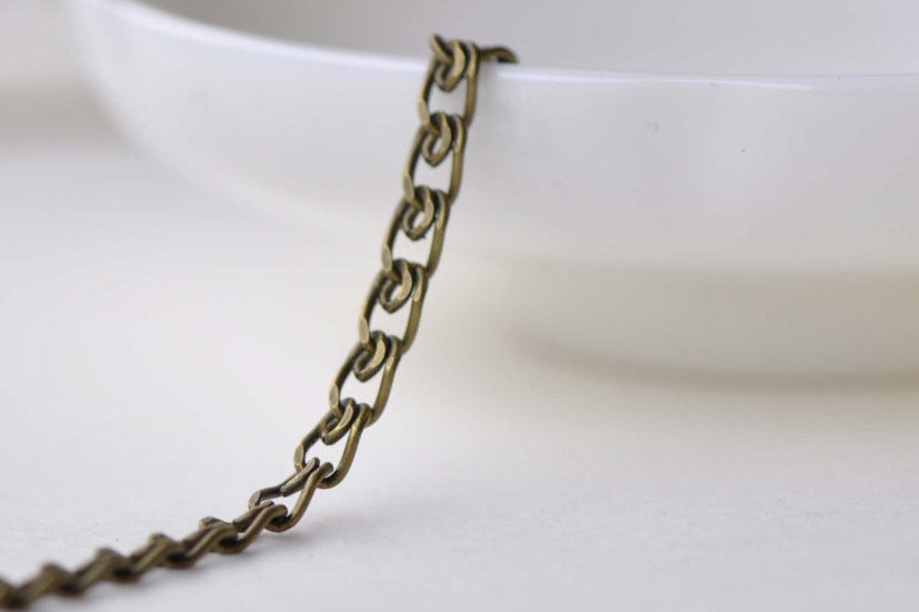 6.6ft (2m) Antique Bronze Brass Flat Double Curb Chain 3mm A8583