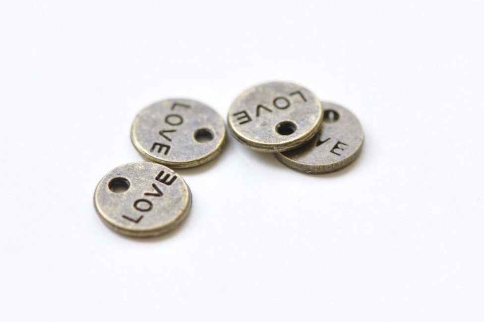 50 pcs Antique Bronze Small Love Round Tag Circle Charms 9mm A8462