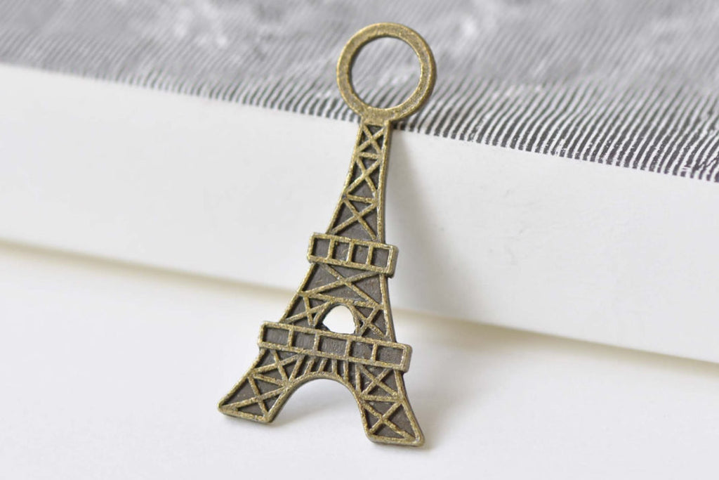 Flat Eiffel Tower Charm Pendants Antique Bronze Finish Set of 20 A8464
