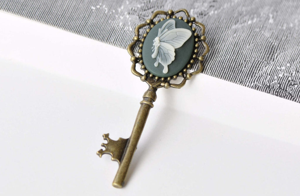 6 pcs Antique Bronze Large Key Pendants Charms A8652