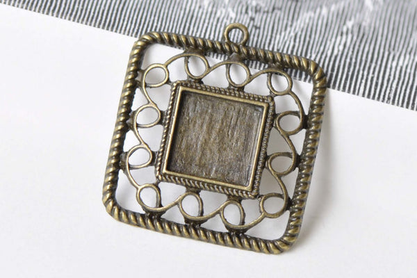10 pcs Antique Bronze Square Pendant Tray Base  A8659