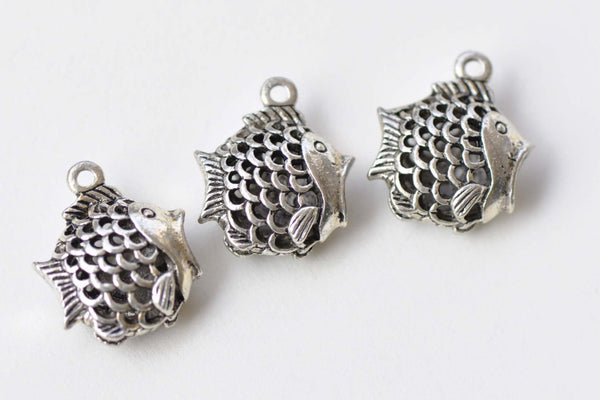 6 pcs Antique Silver 3D Hollow Fish Charms Pendants 17x18mm  A8672