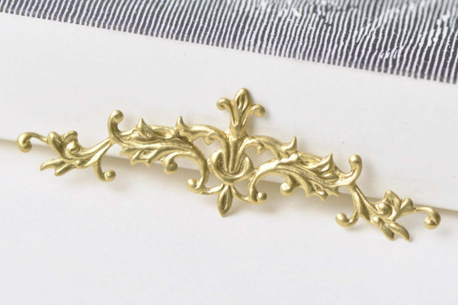 20 pcs Raw Brass Long Vine Branch Stamping Embellishments A8567