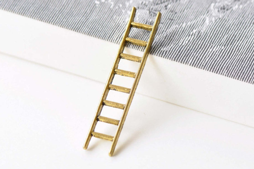 10 pcs Antique Gold Ladder Pendant Charms 10x51mm A8606