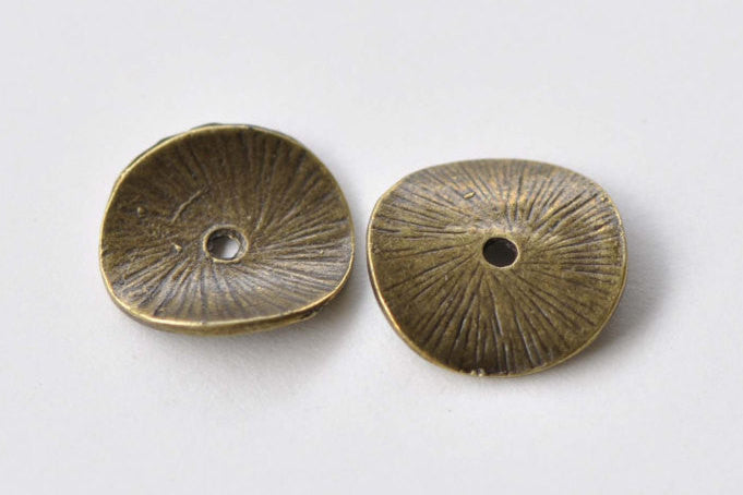 50 pcs Curved Potato Chip Antique Bronze Round Spacer Disc Beads A8620