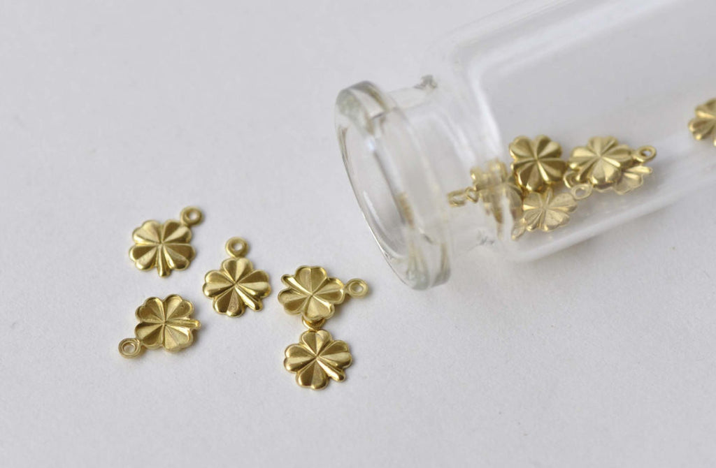 50 pcs Raw Brass Tiny Lucky Clover Flower Embellishments A8736