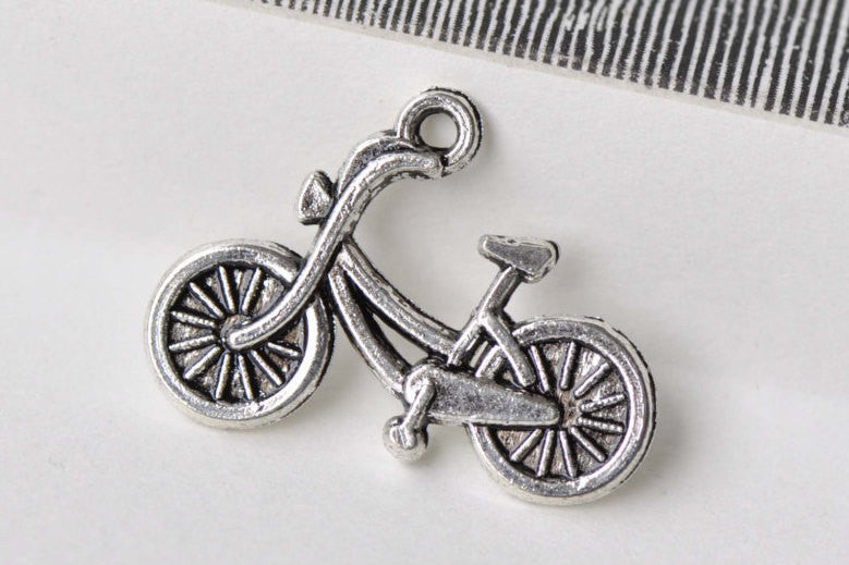 20 pcs Antique Silver Bicycle Bike Charms  18x26mm A8689