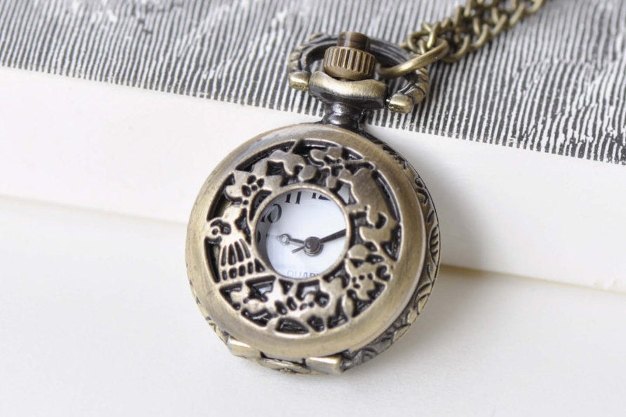 1 PC Antique Bronze Bird On Twig Pocket Watch Necklace A8771