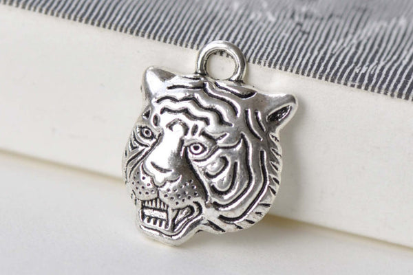 10 pcs Antique Bronze Tiger Head Charms 17x22mm A8772