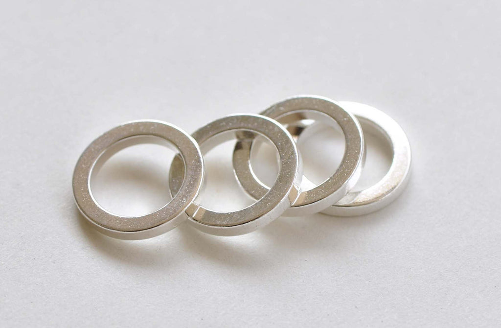 20 pcs Shiny Silver Plated Thick Seamless Circle Rings 14mm A8834