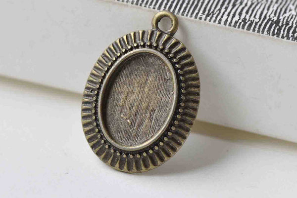 10 pcs Antique Bronze Pendant Tray Match 10x14mm Cabochon A8914