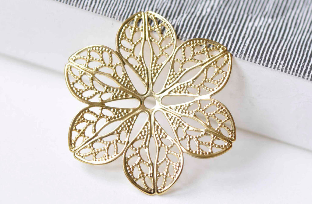 10 pcs Raw Brass Filigree Floral Stamping Embellishments 35mm A9017