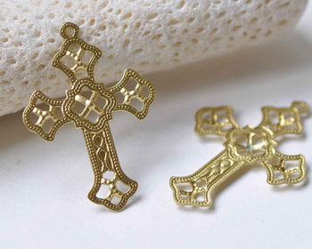 20 pcs Raw Brass Filigree Cross Charms Stamping Embellishments A8963