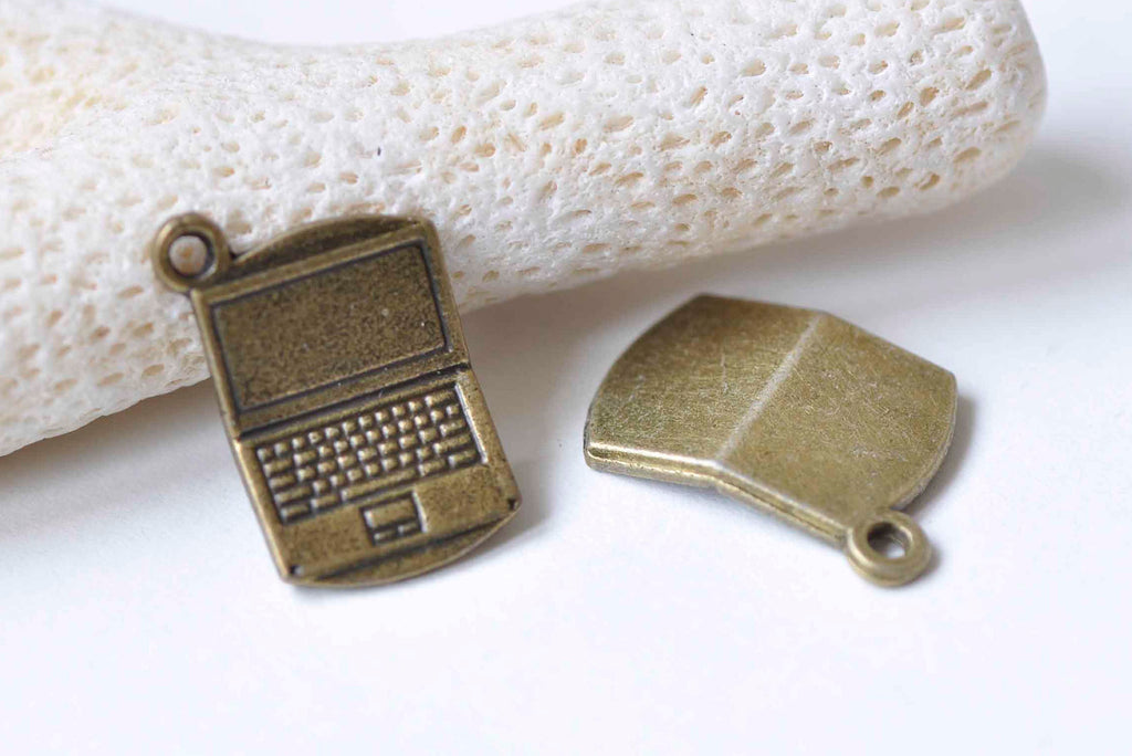 10 pcs Antique Bronze Mini Laptop Computer Charms 14x21mm A9027