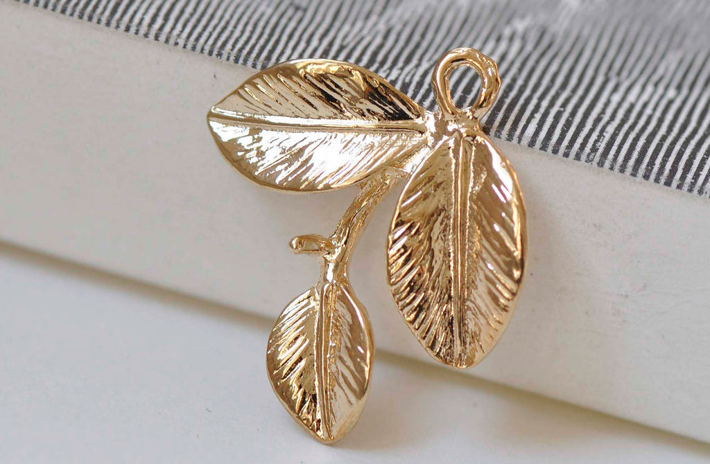 10 pcs Light Gold Three Leaf Branch With Peg Charms 23mm A4805