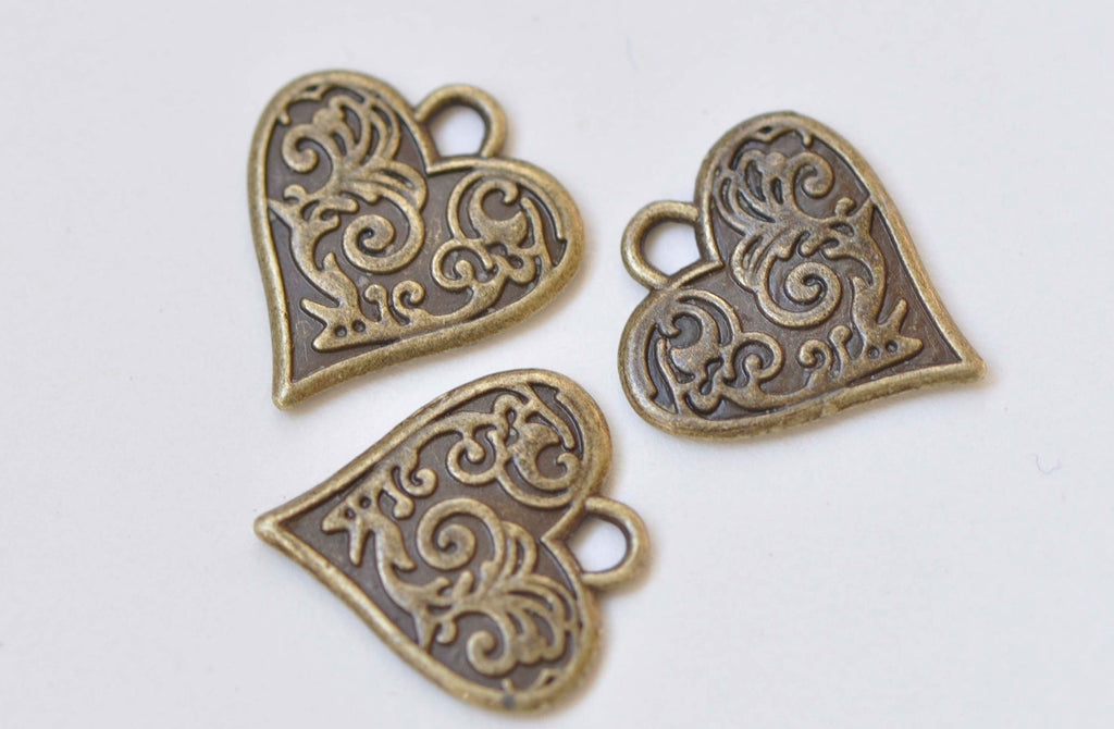 20 pcs Antique Bronze Small Heart Charms 15x16mm A4388