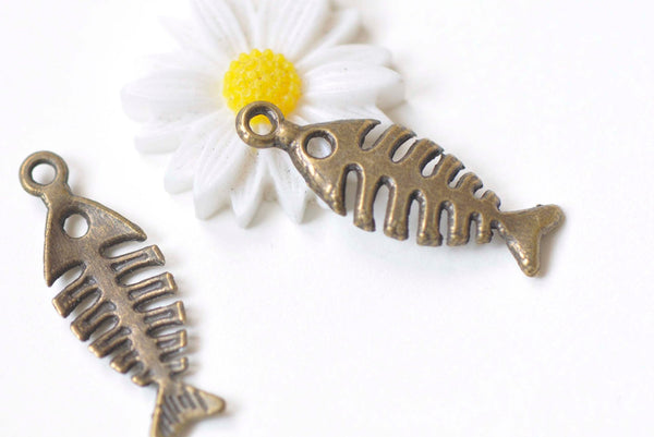10 pcs Antique Bronze Filigree Fish Bone Pendants Charms 9x25mm A6055