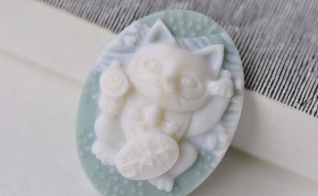 Resin Fortune Cat Cabochon Oval Blue Cameo 28x37mm Set of 6 A7908