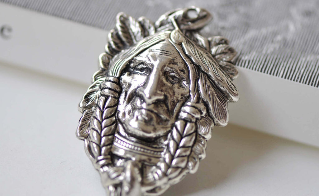 4 pcs Antique Silver Indian Chief Native American Pendants A7928