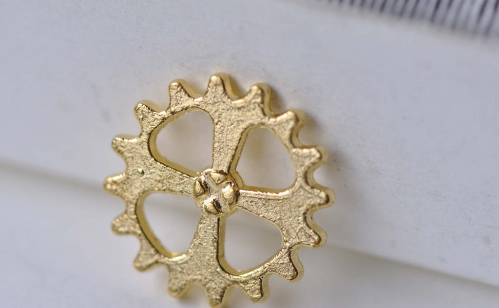 Gold Small Gears Charms 14mm Set of 20 A7947