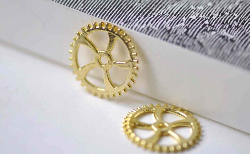 Gold Mechanical Watch Movement Gears Charms Set of 20 A7956