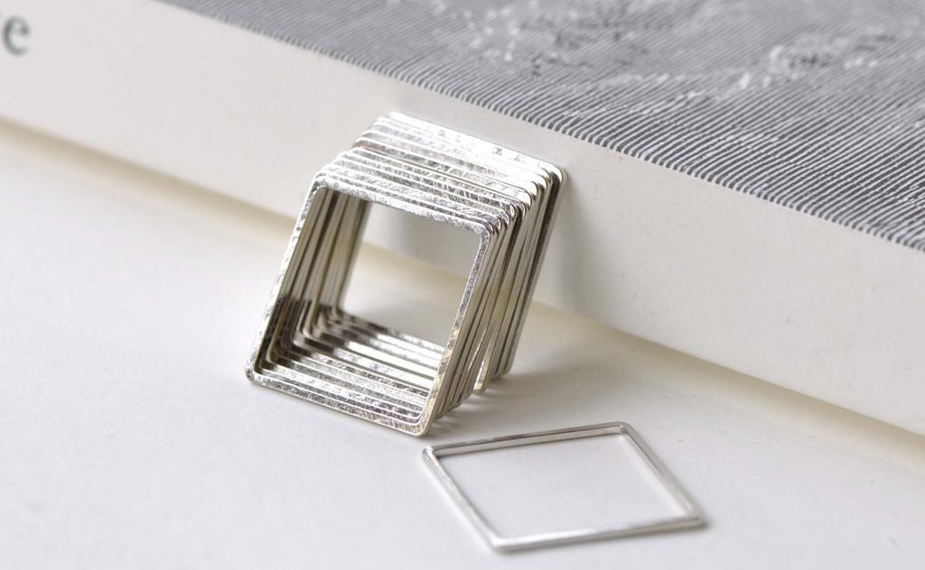 Accessories - 50 Pcs Square Rings Platinum Seamless Rings 20mm A7896