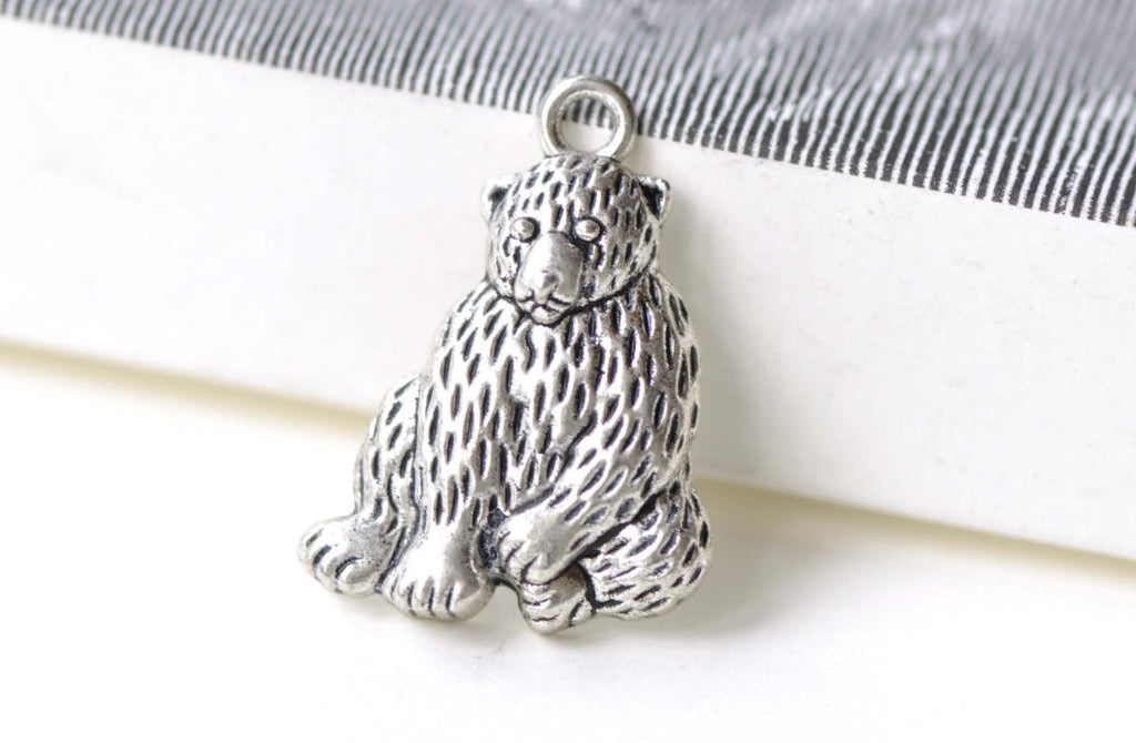 Antique Silver Sitting Bear Charms 20x26mm Set of 10 A8238