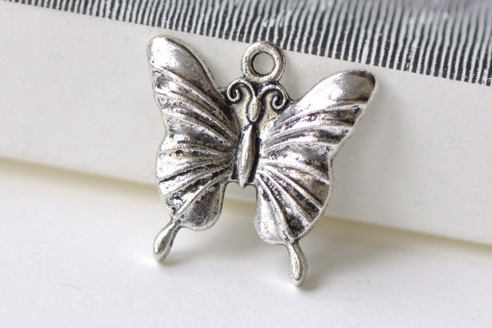 Butterfly Charms Antique Silver Pendants 23x23mm Set of 10 A8189