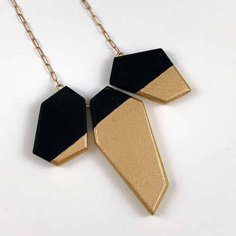 Irregular Bond Necklace
