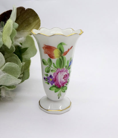 HEREND PRINTEMPS PORCELAIN FLOWER BUD VASE Ruffled Gold Trimmed Edge